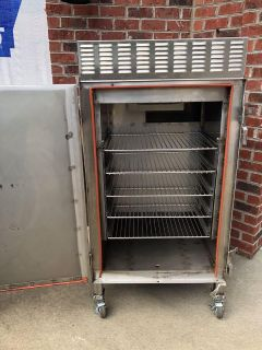 Commercial smoker, new, never used.