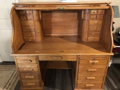 Solid wood, roll top desk