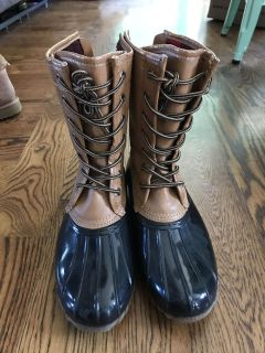 Women s Boots size 9.5