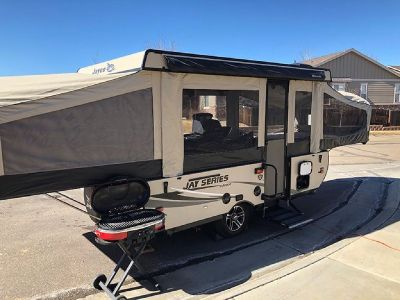By Owner! 2016 22ft. Jayco Jay Series 1207UD Pop Up Camper