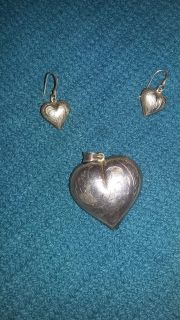 Hearts Earring and pendent set - Sterling silver