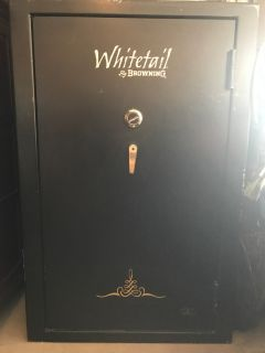 Whitetail by Winchester Gun Safe