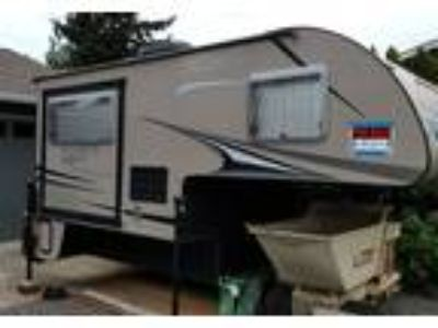 2013 Forest River Palomino-Maverick Truck Camper in Puyallup, WA
