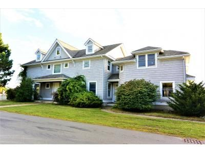 4 Bed 5 Bath Foreclosure Property in Marblehead, MA 01945 - Seaview Ave
