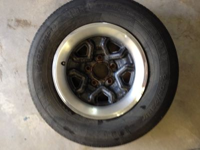 "Kelley 205/75R14 tire on 14"" chevy rim"