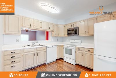 Expansive 3 bed townhouse in Pikesville w/private yard, free parking & water included!