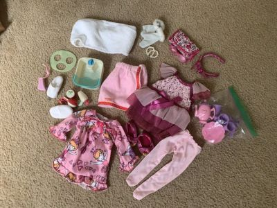 18 Doll Clothes and Accessories