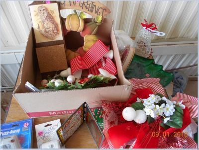 Misc. Items, Lint Cleaners, Wall Plaques, Xmas Ribbons BOX 57