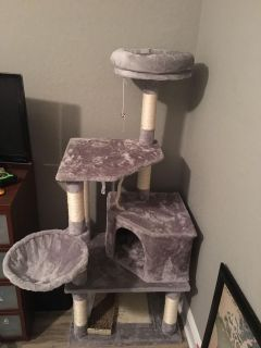 NWOB large cat tower