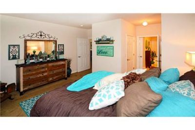 1 bedroom - apartments are located in Chicagos premier western suburb.