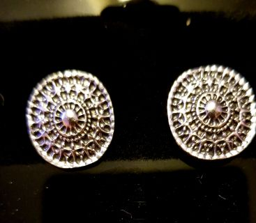 Silver Roundish Post Earrings - New
