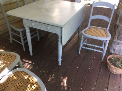 French Country Paint Table & Chairs