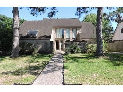 4 Bed 3 Bath Foreclosure Property in Houston, TX 77095 - Club Lake Dr