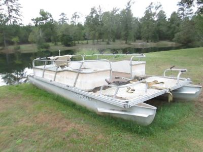 20 Ft Pontoon Boat