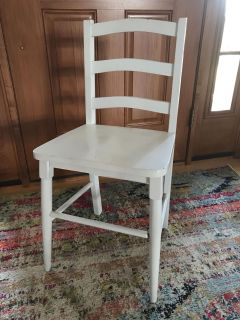 Wood chair -child/youth