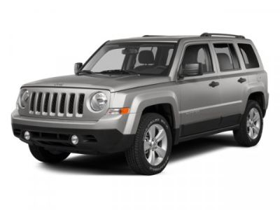 2014 Jeep Patriot Latitude (Maximum Steel Metallic Clearcoat)