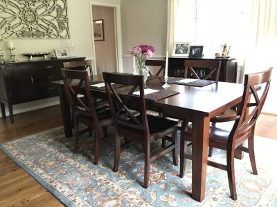Dining Room Table + 8 chairs