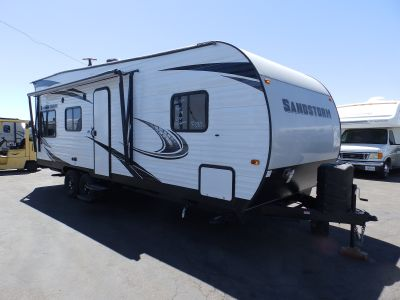 2020 Forest River SANDSTORM 220, FRONT SLEEPER, SINGLE ELECTRIC BED, DUAL SOFA/SLEEPERS, ARCTIC PACKAGE, POWER AWNING, FUEL STATION