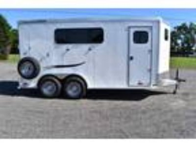 2019 Trailers USA 3HSLBPDLX 3 horses