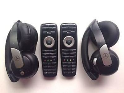 Sell 2009-2013 Mercedes-Benz S-Class DVD Wireless Headphone Remote Control Set OEM #3 motorcycle in Mount Prospect, Illinois, United States, for US $275.00