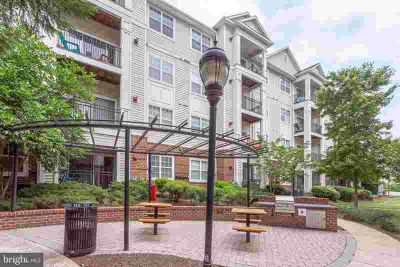 12925 Centre Park Cir #401 HERNDON Two BR, Welcome home to the