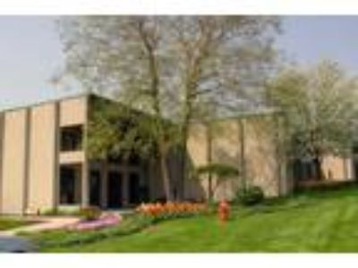 Naperville - Office Sublet