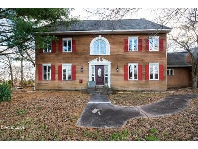 4 Bed 1.5 Bath Foreclosure Property in Schwenksville, PA 19473 - Detwiler Rd
