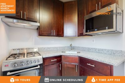 Sunny 2 bed in Pikesville w/water, heat included & free off-street parking!
