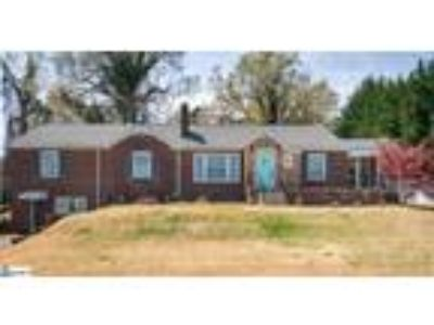 Dreaming of Moving to Downtown Greer? Own a B...