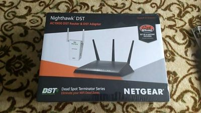 Unopened New NETGEAR - Nighthawk DST AC1900 Dual-Band Wi-Fi Router with DST Adapter - Black