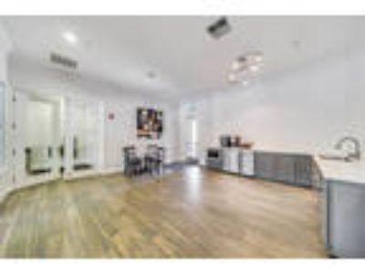 The Commons Apartments - C1 (Dorchester)