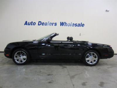 2002 Ford Thunderbird Deluxe (Black)