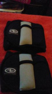 2.5 lbs each ankle weights