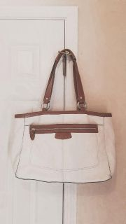 COACH handbag. In excellent condition! See additional pics in comments.