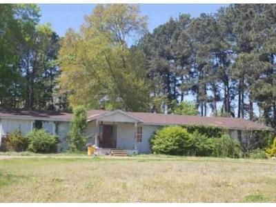 4 Bed 2 Bath Foreclosure Property in Brownsville, TN 38012 - Key Corner St
