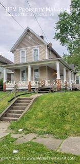 Single-family home Rental - 809 Prospect Ave SW