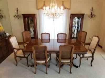 Fine Country Club Home Estate Auction
