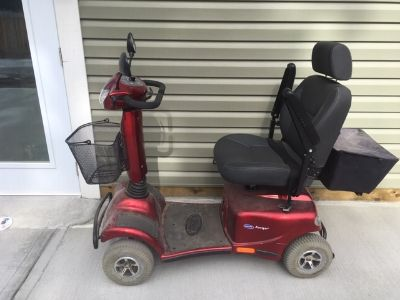 Electric Scooter for mobilty challenged