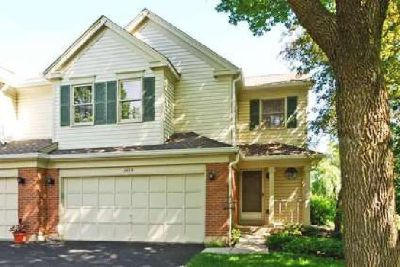 Price Reduced and NEW Appliances in Wheeling Town Home