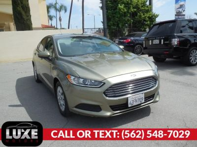 2013 Ford Fusion S (Sterling Gray)