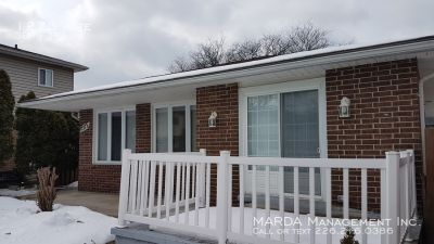 3 Bedroom Single Family Home $1100++