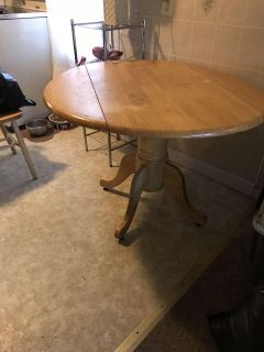 Round Antique Style Table