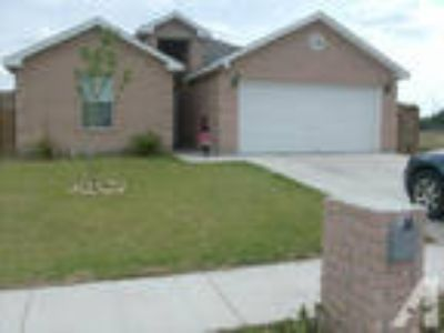 Nice House 4 Rooms 2 BA Garage Patio, Build in 2007, Shary