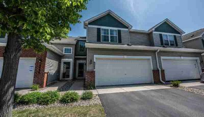 8088 Stratford Circle S SHAKOPEE, Two BR Three BA townhome