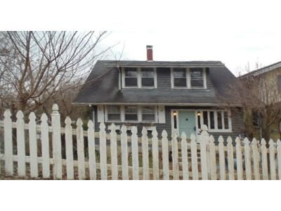3 Bed 1 Bath Foreclosure Property in Charleston, WV 25314 - Pine Rd