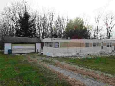 502 Wabash Wolcottville, Why pay rent! This 86 Windsor home