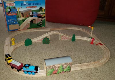 Thomas the Train Wood Battery-operated set