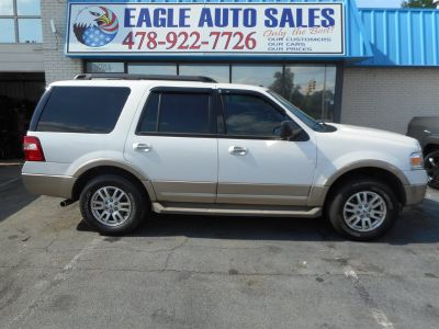 2012 Ford Expedition XLT (White)
