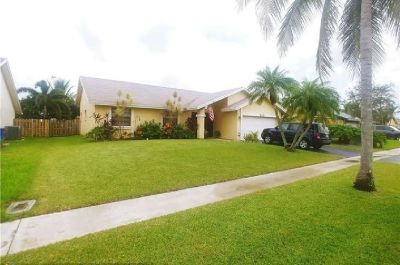 Family oriented neighborhood, homes is kept in great condition.