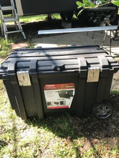 Like new condition 37in Husky mobile job box